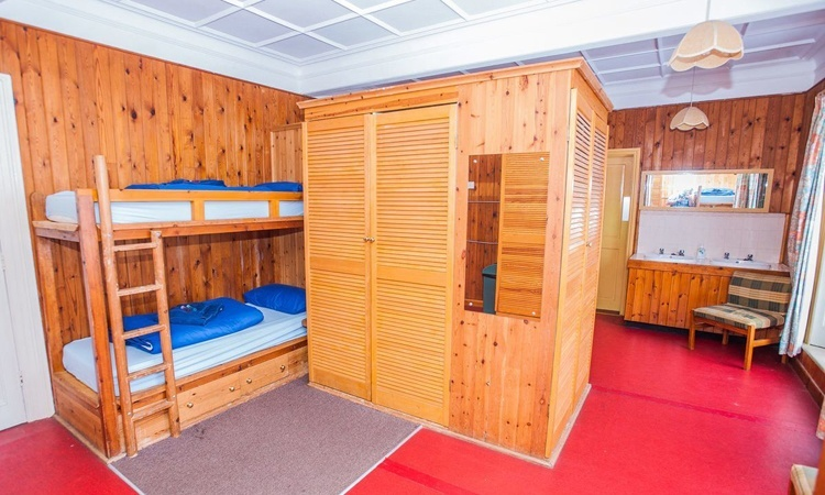 accommodation 3